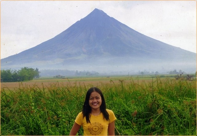 mayon bicol top tourist spot in luzon